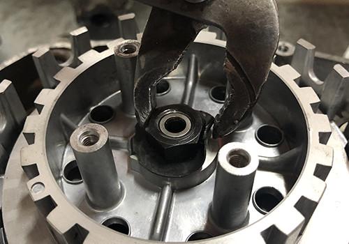Kupplungsmutterhalter für Motorräder AM6