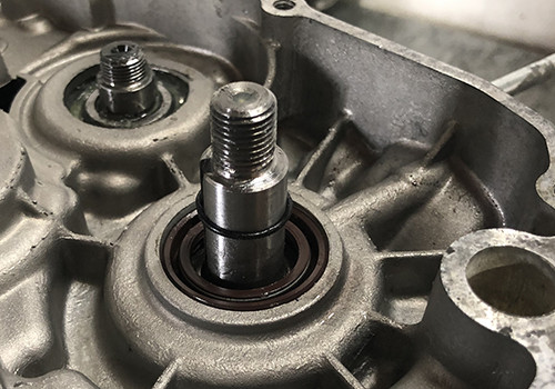 junta del cigüeñal y bomba de aceite 50cc AM6 Minarelli