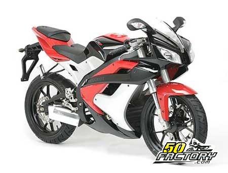 Moto 50cc Peugeot XR7