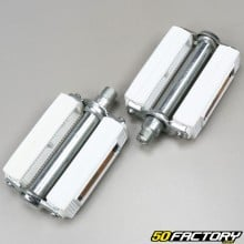 White pedals with moped reflector Peugeot, Motobecane, MBK (9x16 thread)