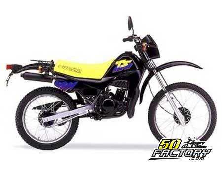 moto suzuki annee 80 id es d 39 image de moto. Black Bedroom Furniture Sets. Home Design Ideas